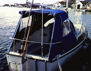 Maxi 77 37/75 Sittbrunnskapell med bågar